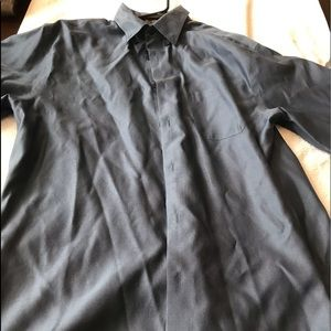 Mens short sleeves button down size large